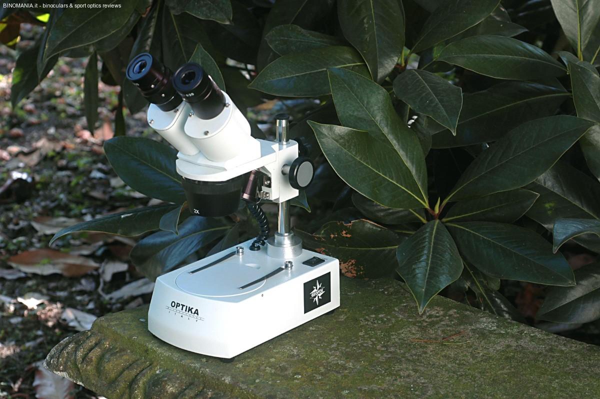 Un bel primo piano sul microscopio stereoscopico  Geoptik