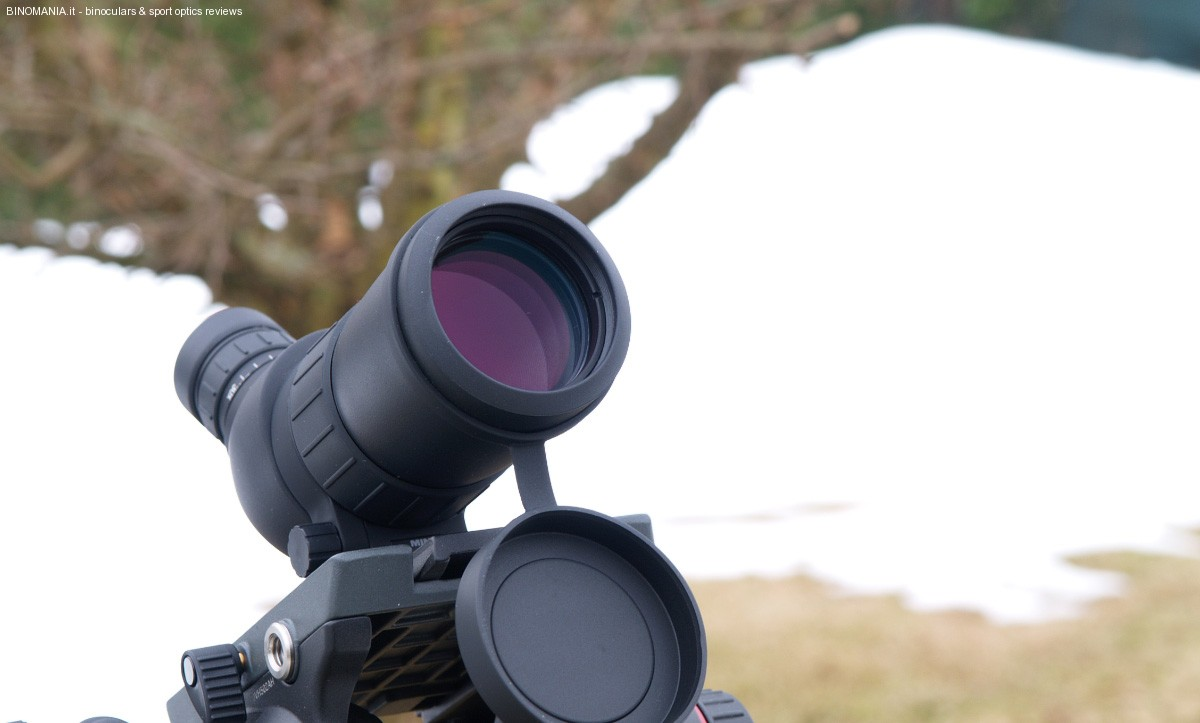 In evidenza l'ottica da 50 mm di diametro.