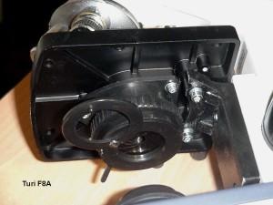 Condensatore con il diaframma di apertura, anello porta filtri, regolazione dell' altezza