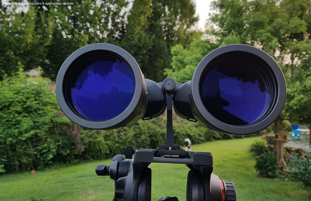 Un bel primo piano sulle lenti da 70mm di diametro