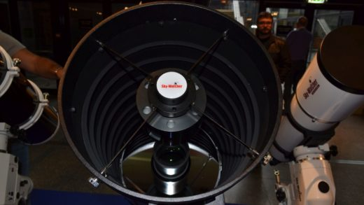 "Prototipo Sky-Watcher RMak 300 e altre novità! Reportage della fiera"" Rencontres du ciel et de l'espace ""."