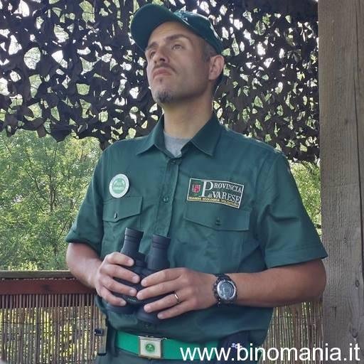 Piergiovanni Salimbeni, in divisa, durante il servizio come Guardia Ecologica Volontaria