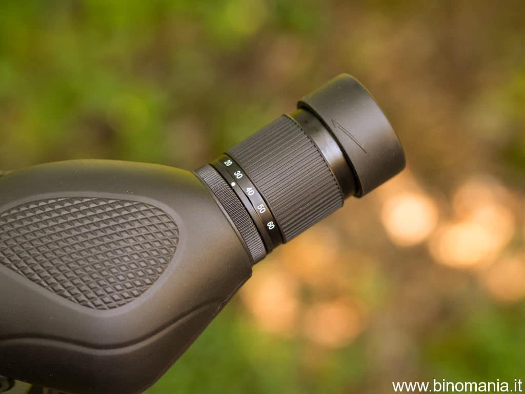 foto dell'oculare zoom a corredo del telescopio terrestre 39Optics