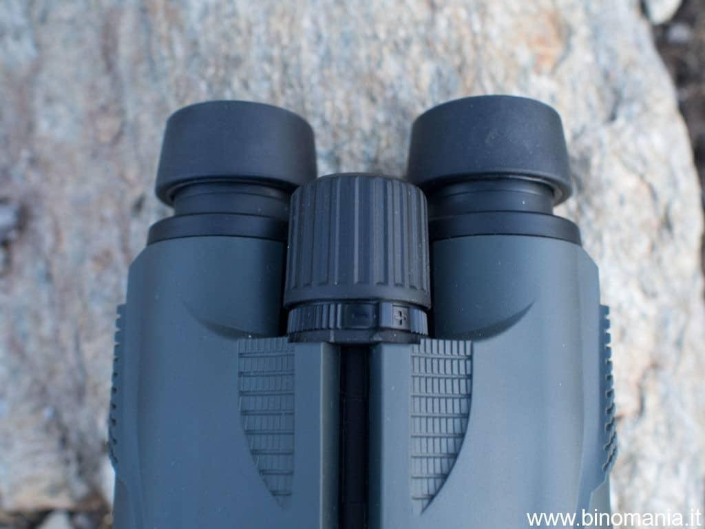 foto della manopola di messa a fuoco del Fujinon KF 10x42