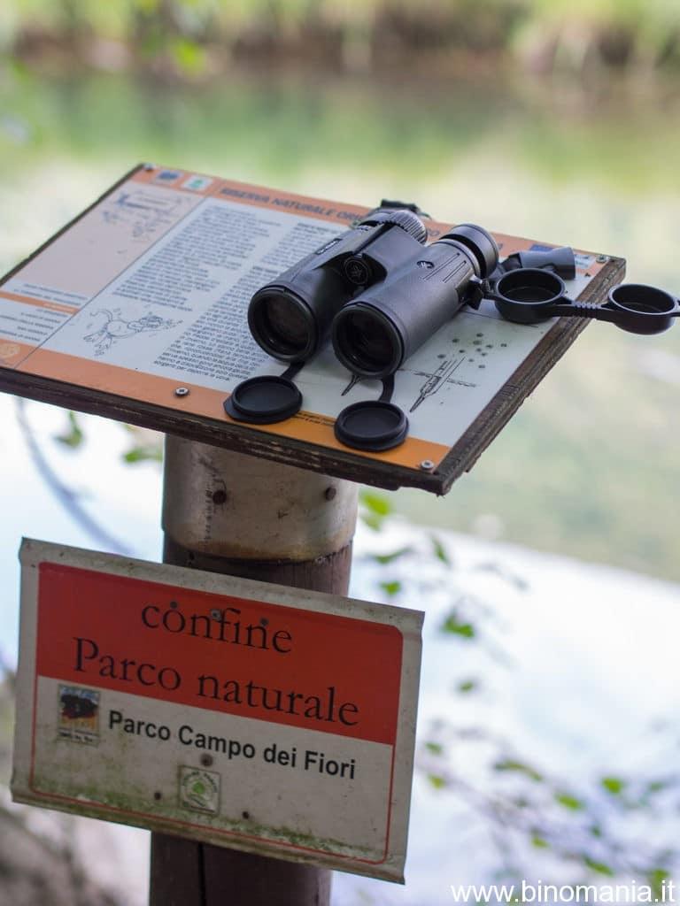 Il binocolo durante una sessione di birdwatching presso il Pralugano a Ganna (VA)
