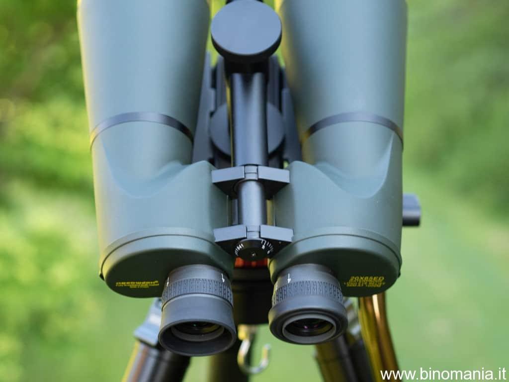 Gli oculari forniscono un campo apparente di 65 gradi e consentono l'utilizzo dei filtri astronomici